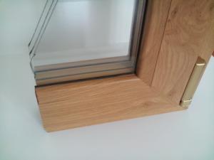 Коричневая дистанционная рамка между стеклами